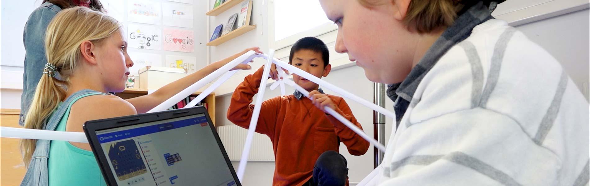 Barn skapar och kodar med olika verktyg